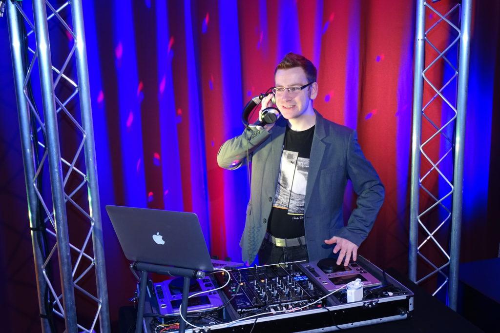 DJ Bernau