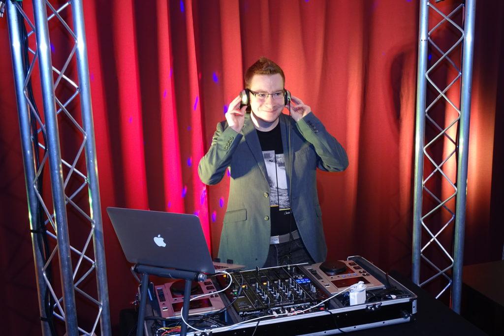 DJ Strausberg