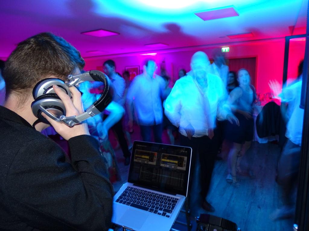 DJ Forst