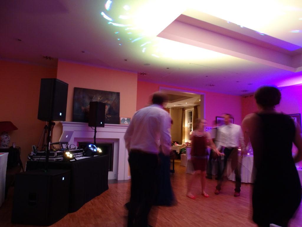 DJ zur Hochzeit im Café Wildau